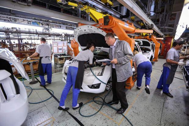 Выпуск одного авто обходится бюджету России в 100 тысяч рублей