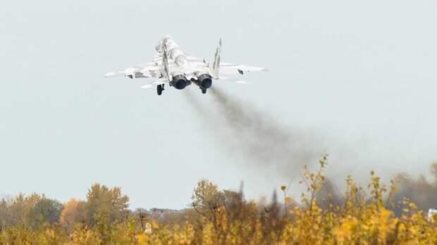 В Болгарии ищут истребитель, пропавший в воздушном пространстве над Черным морем
