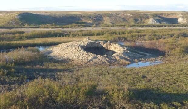 Раскрыта тайна появления загадочного кратера в Сибири