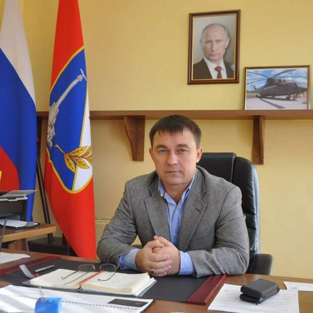 Глава Гагаринского района Севастополя Алексей Ярусов не справляется с выделенными полномочиями, но хочет еще