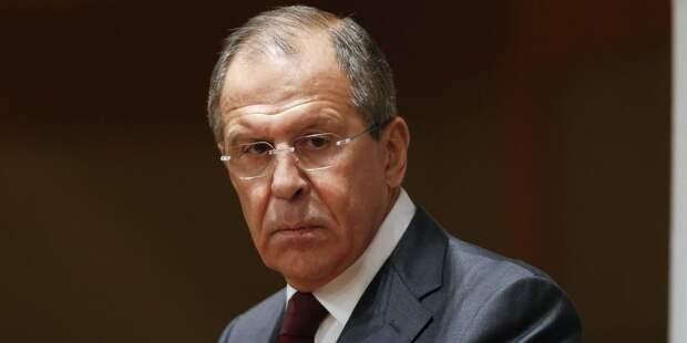 Лавров назвал неприятным отказ Белоруссии разместить авиабазу России