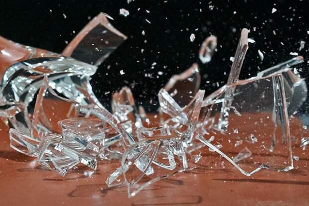 Бей посуду, я плачу: кто платит за разбитый бокал в кафе или ресторане -  Харьков Vgorode.ua