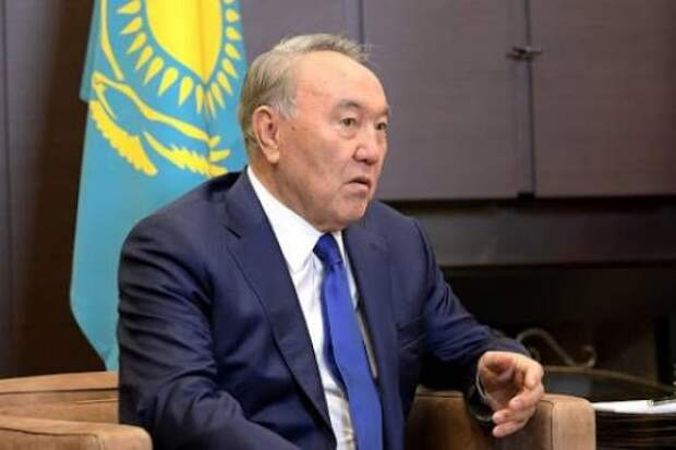 Экс-президент Казахстана предложил России и США провести саммит по ядерному разоружению