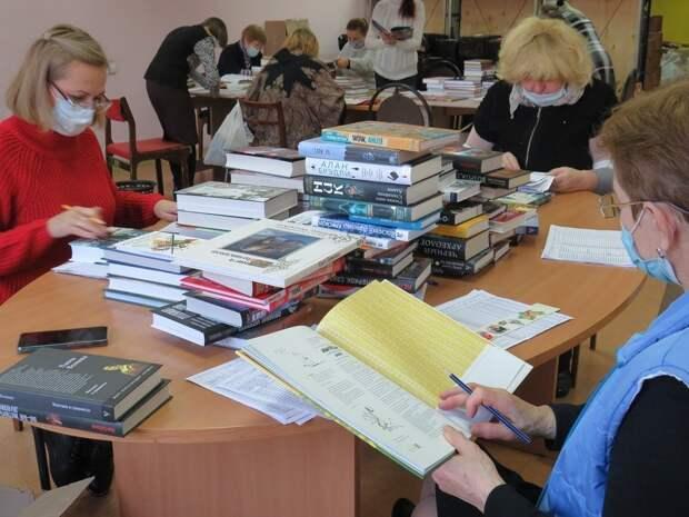 Сарапульская библиотека пополнилась на 4000 книг