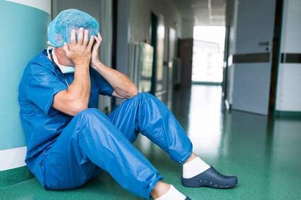 Ещё одна смерть после вакцинации AstraZeneca: на этот раз умер врач