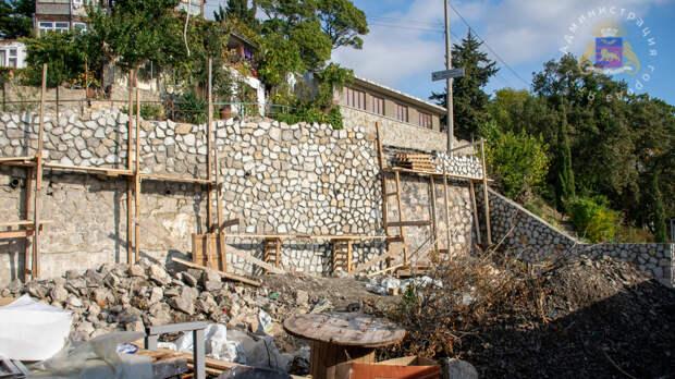 В Алупке завершается ремонт Дома культуры спустя 8 лет