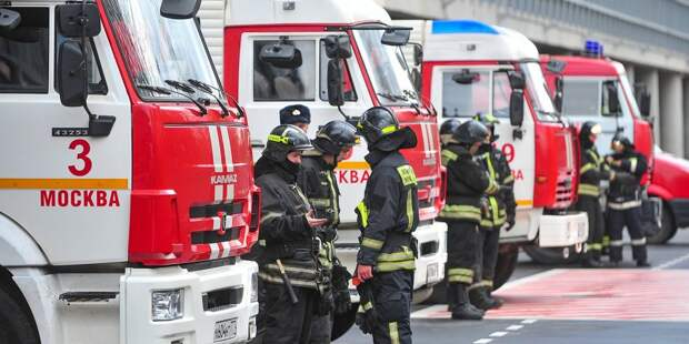 На улице Маршала Катукова произошёл пожар в подъезде жилого дома