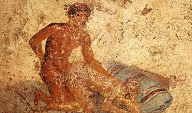 Откровенное искусство предков шокирует посетителей музеев мира