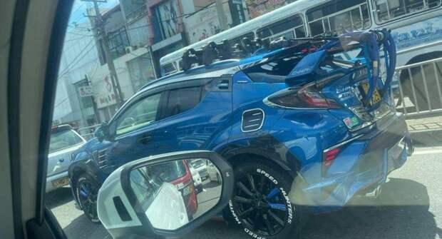 В Сети показали странный тюнинг Toyota C-HR