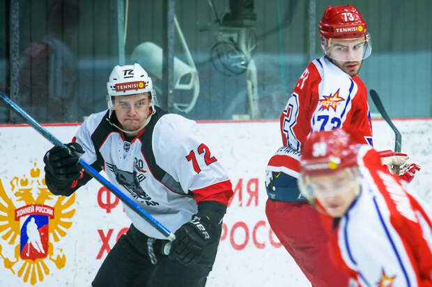 Хоккеисты «Ижстали» проиграли в домашнем матче «Тамбову»