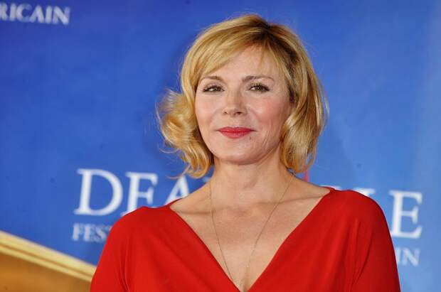 Актриса полюбилась зрителям за роль Саманты в сериале «Секс в большом городе», которую звезда получила благодаря яркой красоте и идеальным параметрам.