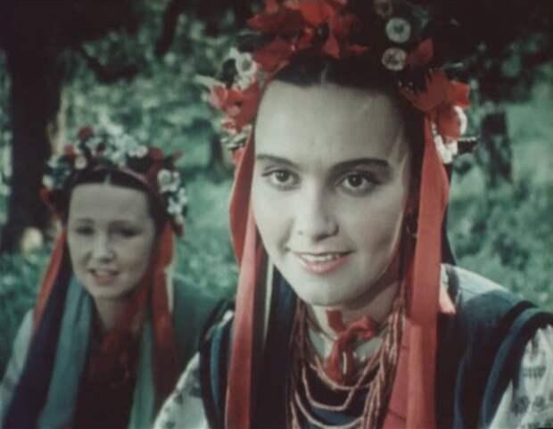 Классика советского кино: Майская ночь, или утопленница. (1952).