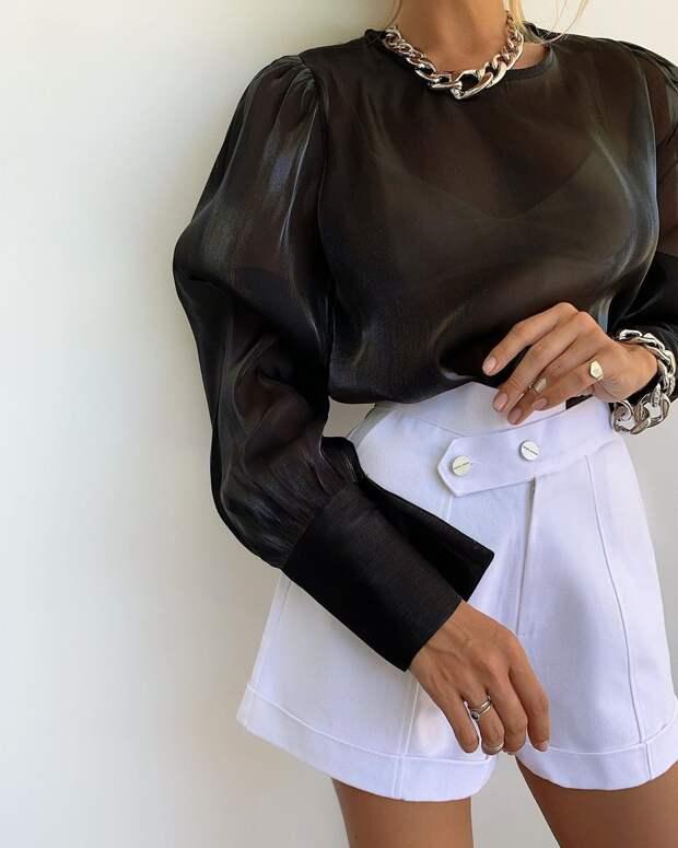 26 гармоничных примеров с чем носить белые шорты модницам разного возраста