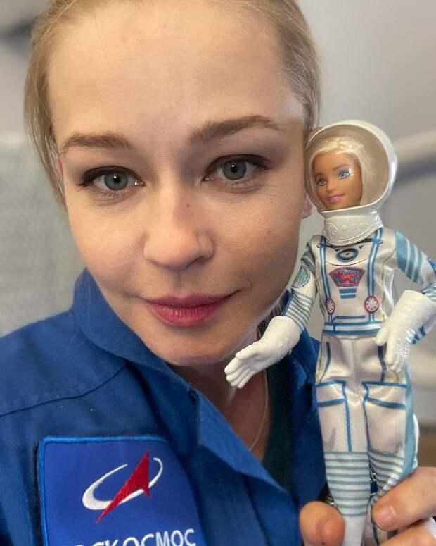Выдыхайте! Юлия Пересильд впервые вышла на связь с поклонниками после возвращения с МКС