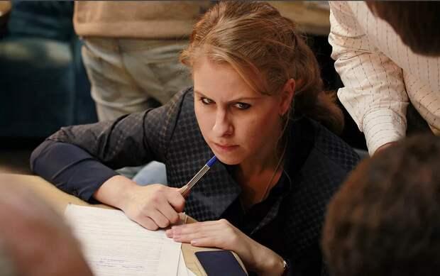 «Самая влиятельная» женщина России – дура: Соболь не смогла решить детскую задачу
