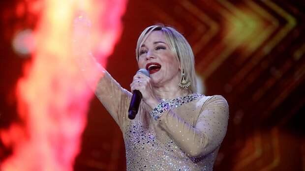 Представитель Булановой раскрыл причину госпитализации певицы