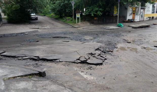 Навосстановление поврежденных ливнем дорог вРостове уйдет четыре дня