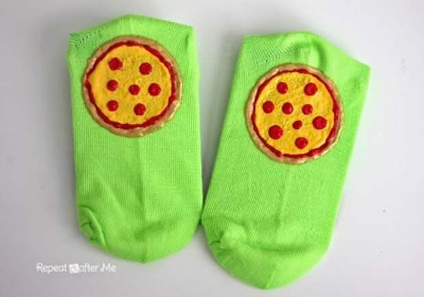 Носки с пиццей (DIY)