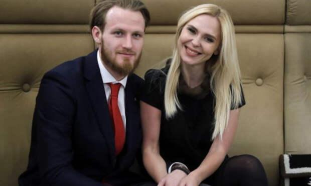 Адвокат Пелагеи рассказал, что будет с алиментами Телегина после развода