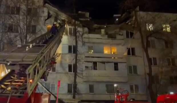 Для восстановления взорвавшегося вЧелнах дома строители будут работать круглосуточно