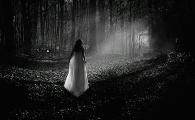 История, после которой я молюсь перед каждым рейсом. Рассказываю, почему не стоит ночью ездить мимо кладбища.
