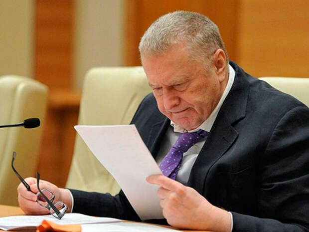 Жириновскому, после его резонансного выступления в Госдуме в защиту Фургала, вроде бы дали почитать его дело