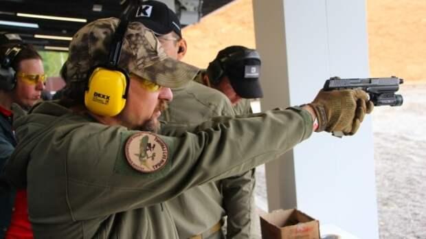 Стреляют во все, что движется. Депутаты-охотники поспорили об ужесточении оборота оружия