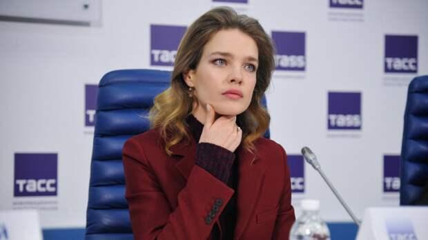 Наталья Водянова раскрыла правду о своей фамилии на шоу Урганта