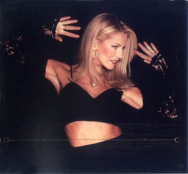 Как сейчас выглядит звезда 90-ых Наталья Ветлицкая.