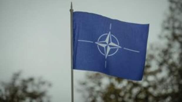 НАТО отказывается принимать Украину в свои ряды из-за России
