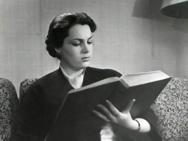 Актриса, покорившая миллионы советских зрителей | Фото: elina-bystritskaya.ru