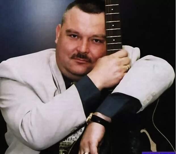 7 апреля 1962 года родился Михаил Круг