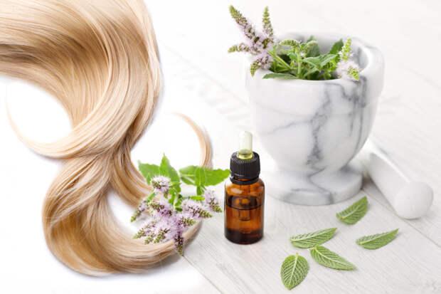 Эфирные масла: секреты восстановления для всех типов волос