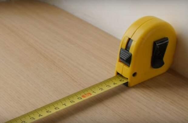 Для точного измерения достаточно знать длину корпуса рулетки.