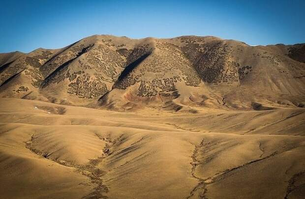 Тайны пустыни Гоби: загадочная обитель богов