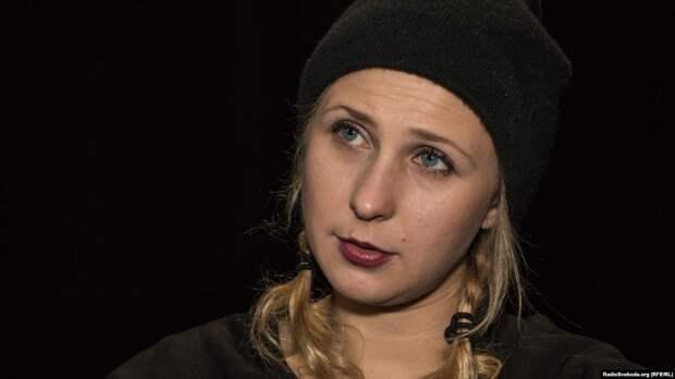 Хулиганку из «Пусси Райот» задержали прямо в редакции либерального «Дождя»