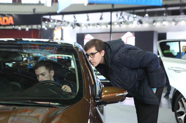 Выяснилось, какой российский город наиболее обеспечен легковыми автомобилями