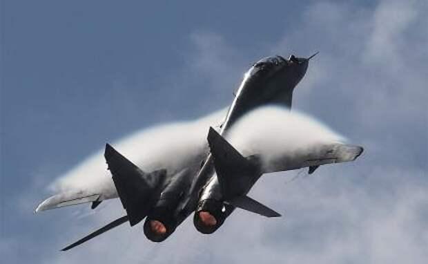На фото: многоцелевой истребитель МиГ-29