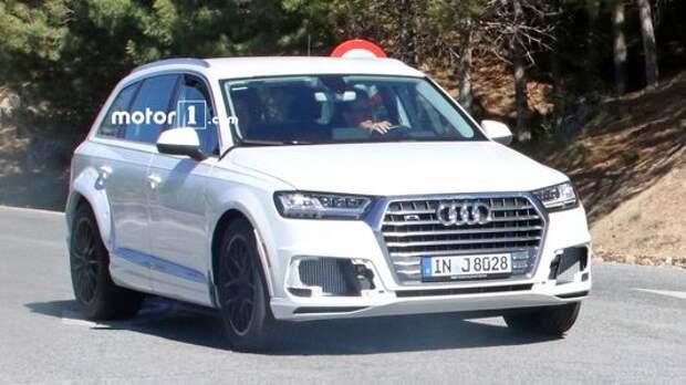 Маскировка для имиджмейкера: Audi Q8 не в силах скрыть широту души