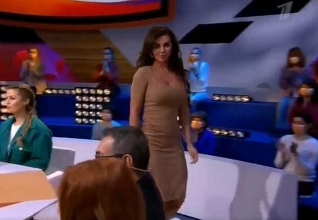 Анна Седокова со скандалом ушла из студии шоу «Сегодня вечером»