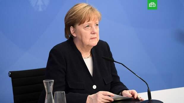 Меркель призвала хранить память о миллионах людей, погибших при нацистах