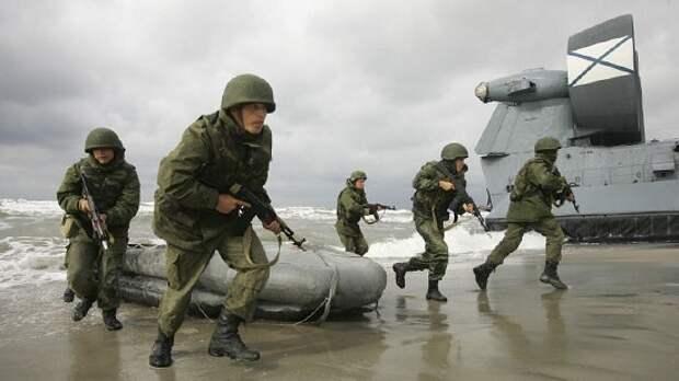 Морпехи Каспийской флотилии и Северный флот провели учения на Черноморском побережье