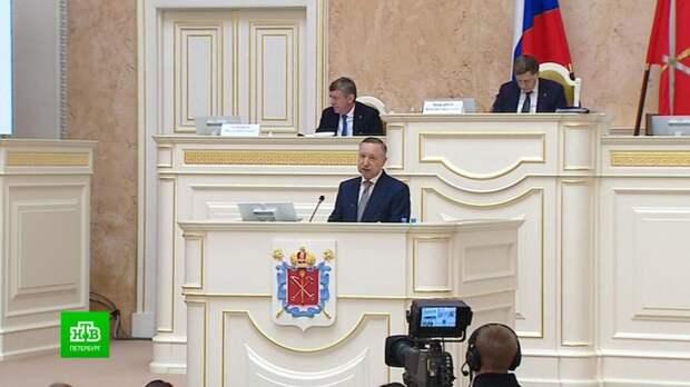 Губернатор Петербурга отчитался, как город жил и развивался в пандемию