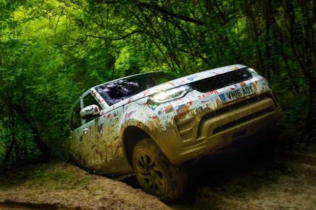 С новым, пятым поколением внедорожника Land Rover Discovery, маркетологи пошли еще дальше. испытания, прототип