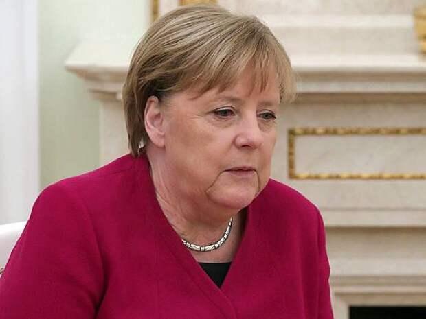 Меркель: Израиль имеет право защищаться от ракетных атак из сектора Газа