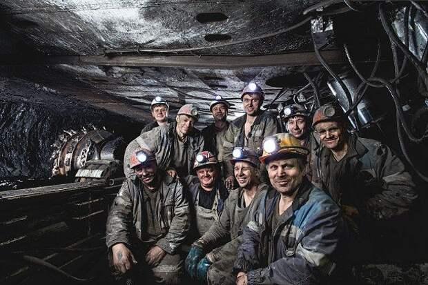 В Донецкой Народной Республике на шахте «Шахтерская-Глубокая» сегодня была добыта 10-миллионная тонна угля!