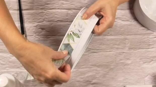 Супер практичная идея, как превратить жестяные банки из-под печенья в предмет мебели