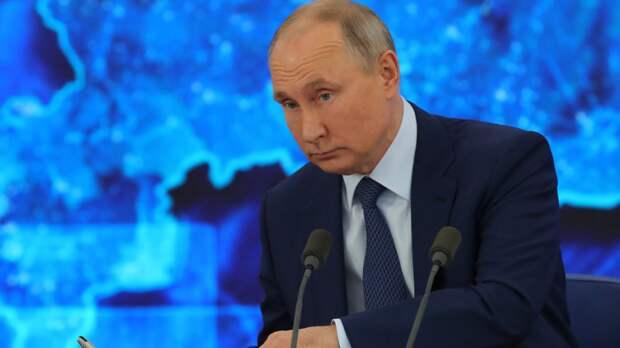 """Владимир Путин упрекнул журналиста NBC в попытке """"заткнуть ему рот"""""""