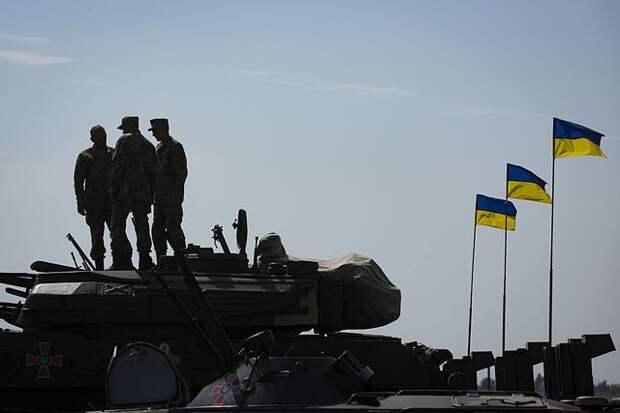Двое украинских военных подорвались в Донбассе