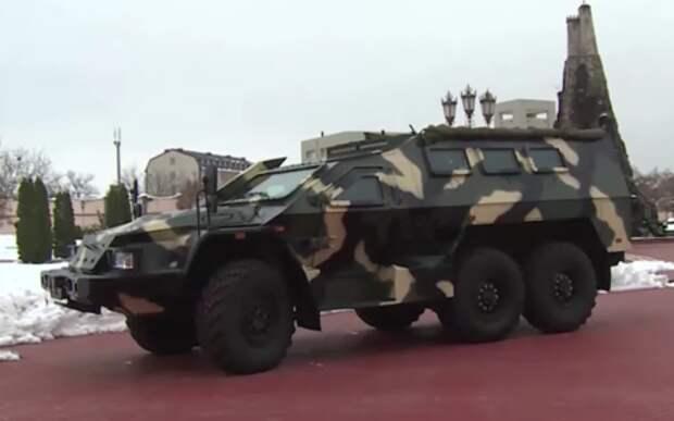 Кадыров протестировал первый бронеавтомобиль, произведенный в Чечне